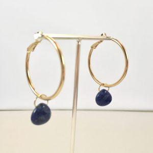Gouden oorringen met lapis lazuli hangers