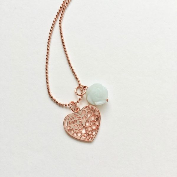 Lange ketting met jade hart bedel rosé goud