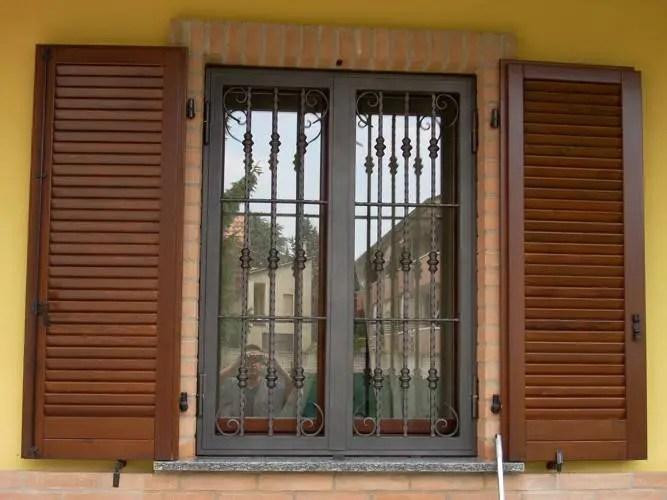 Grate e persiane di sicurezza roma ciampino appia - Grate finestre prezzi ...