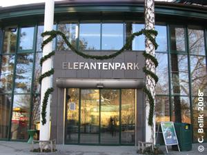 Eingang des Elefantenparks, 25. Dez 2008
