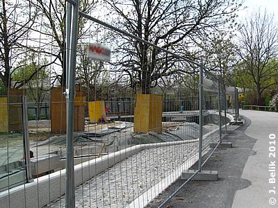 Blick auf den Teich während der Bauphase, 9. April 2010