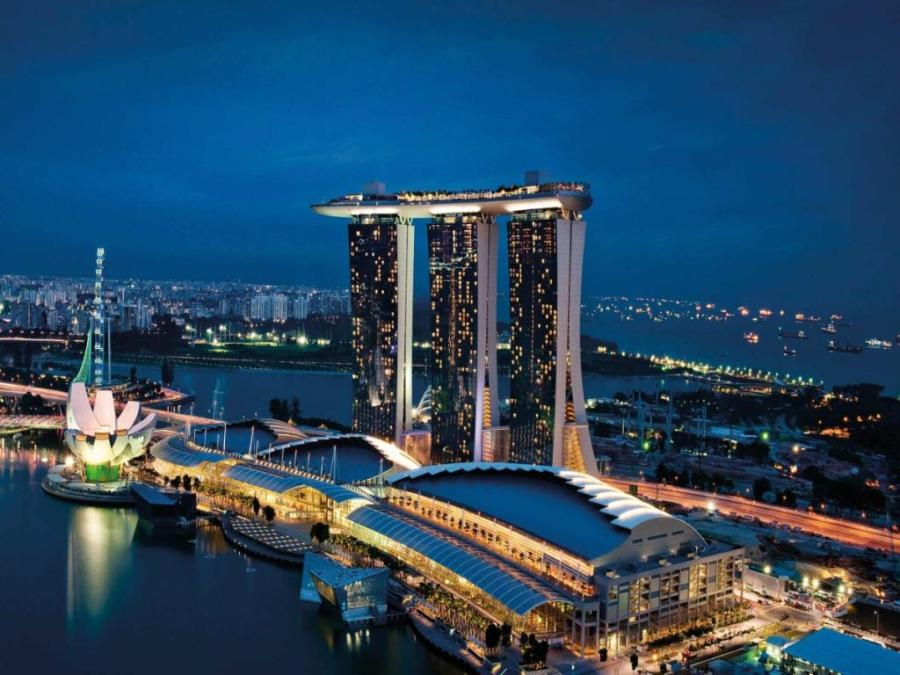 marina-bay-sands hotel image