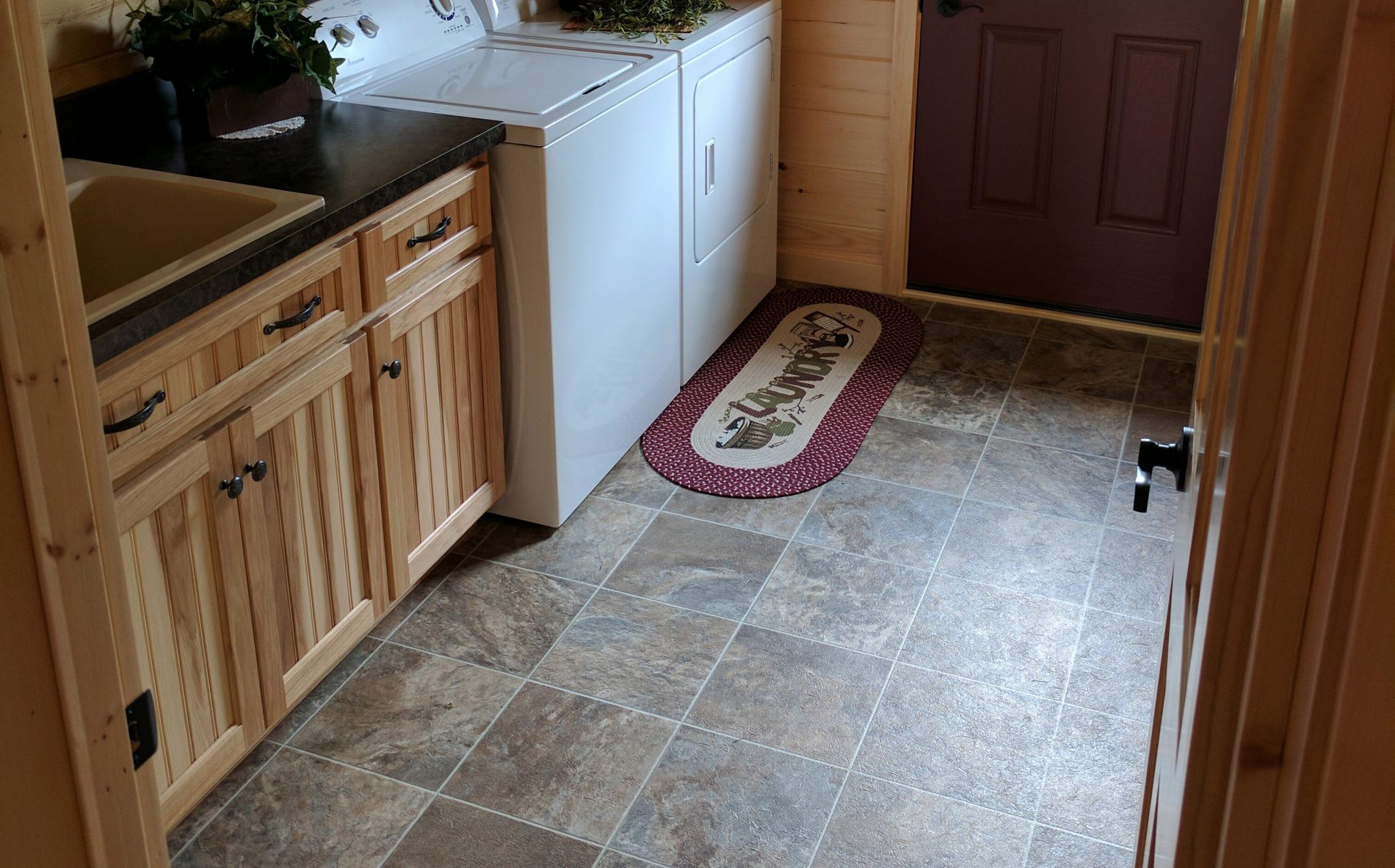 linoleum kitchen flooring fabric for chairs log cabin home builders | custom cabins zook