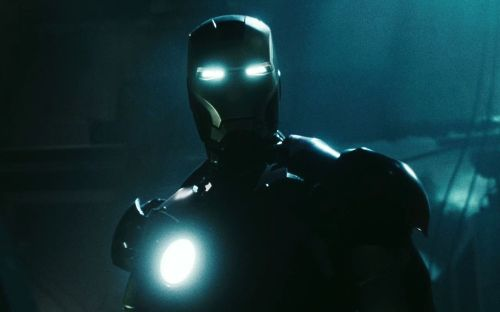 Iron Man Glows