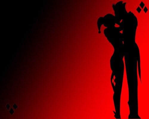 the joker kisses harley quinn