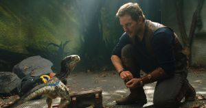 chris pratt and little raptor jurassic world fallen kingdom 5k mb