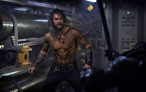 jason momoa in aquaman 2018 movie jy