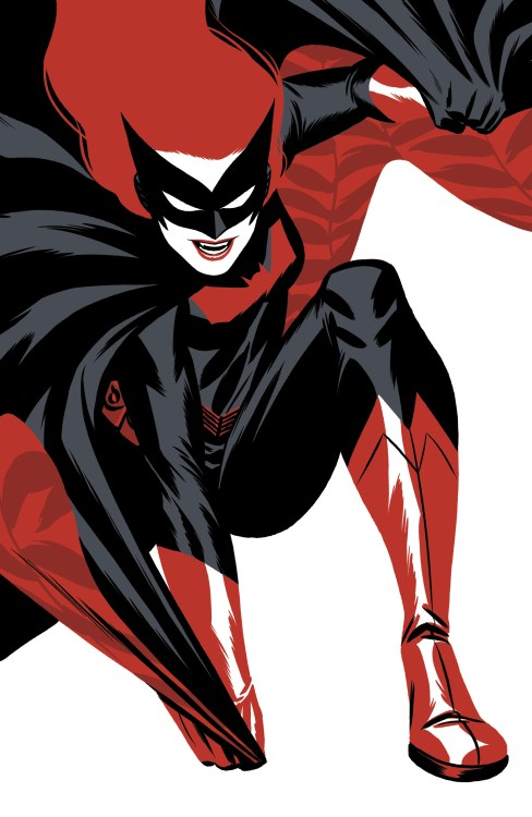 Batwoman pulling her cape