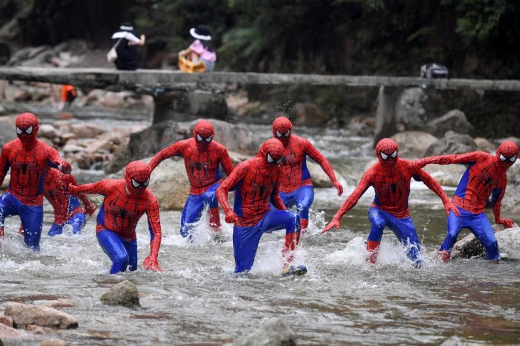spider-man race