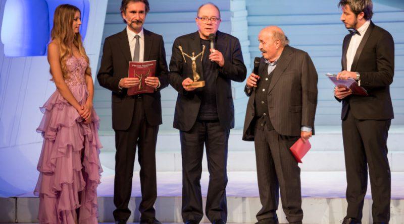 Ieri sera, nella prestigiosa cornice del teatro Sala Umberto di Roma, si è tenuta la cerimonia di premiazione della XVI edizione del Premio Persefone