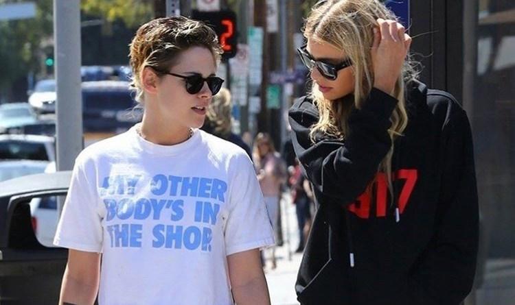 Kristen Stewart e Stella Maxwell sempre insieme: fotografate mano nella mano