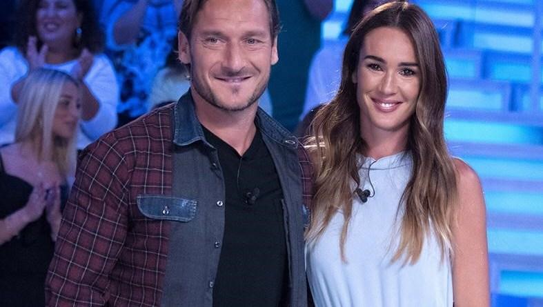 """Verissimo: Francesco Totti presenta la sua autobiografia """"Un Capitano"""""""
