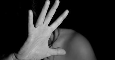Non si muore per amore: VediamociChiara presenta i risultati del sondaggio sulla violenza di genere