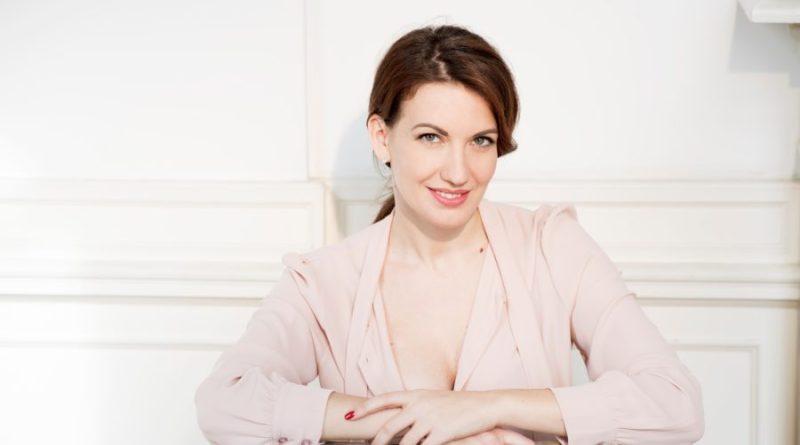 """""""Non è vero ma ci credo"""", Giulia Di Quilio: """"Come Maria Chiara leggo sempre l'oroscopo!"""""""