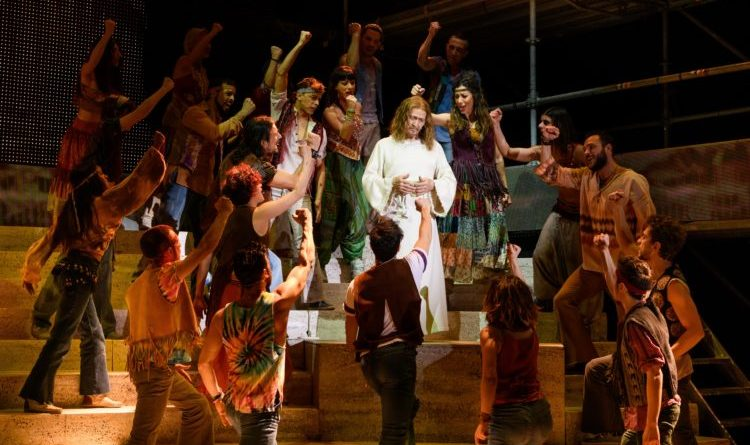 Jesus Christ Superstar torna al Sistina: ultima occasione per applaudire a Roma Ted Neeley