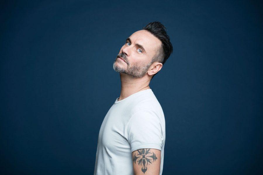 """Sanremo 2019, Nek: online il video del brano """"Mi farò trovare pronto"""""""