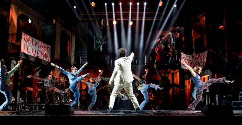 Musicanti: agli Arcimboldi una favola con le canzoni più belle di Pino Daniele