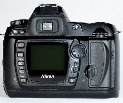 Nikon-D70s-back-Viewfinder-LCD-buttons