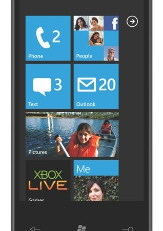 Windows Phone 7: il primo dispositivo ad ottobre