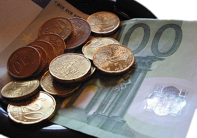 Lotta Evasione Fiscale con la Pubblicazione Online dei Redditi di Tutti gli Italiani