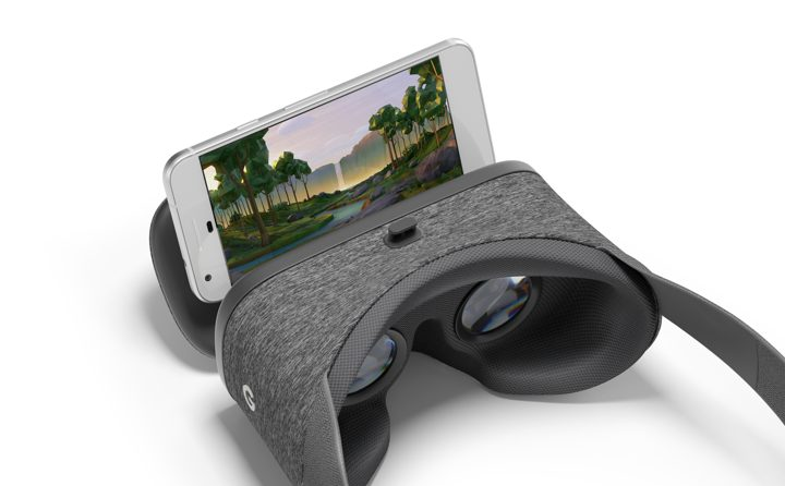 Daydream View, il Visore di Google con Telecomando