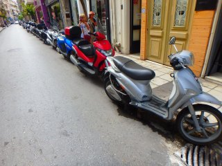 05-scooters-in-heraklion