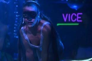 Alyssa Milano sexy hot pole dancing in – Buying the Cow (2002)