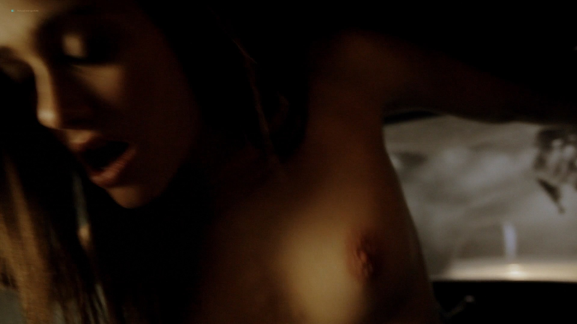 Emmy Rossum nude topless and hot sex in the car - Shameless (2011) S1E3 HD 1080p BluRay (7)