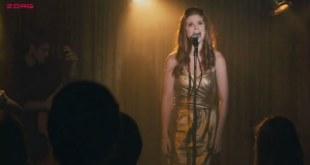 Kate Mara hot nad sexy - Happythankyoumoreplease (2010)