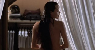 Angelina Jolie nude in the shower and sex - Lara Croft Tomb Raider (2001) HD720p
