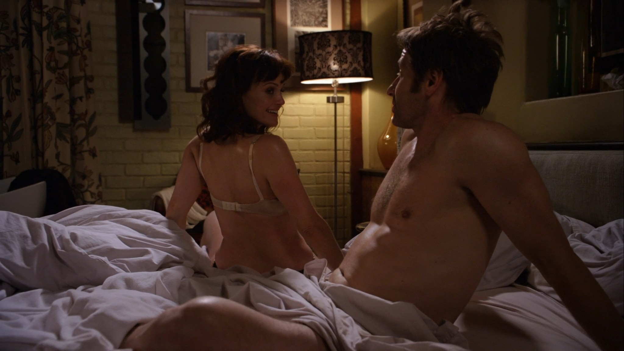 Carla Gugino hot lingerie Californication (2011) s4e7 HD 1080p (5)