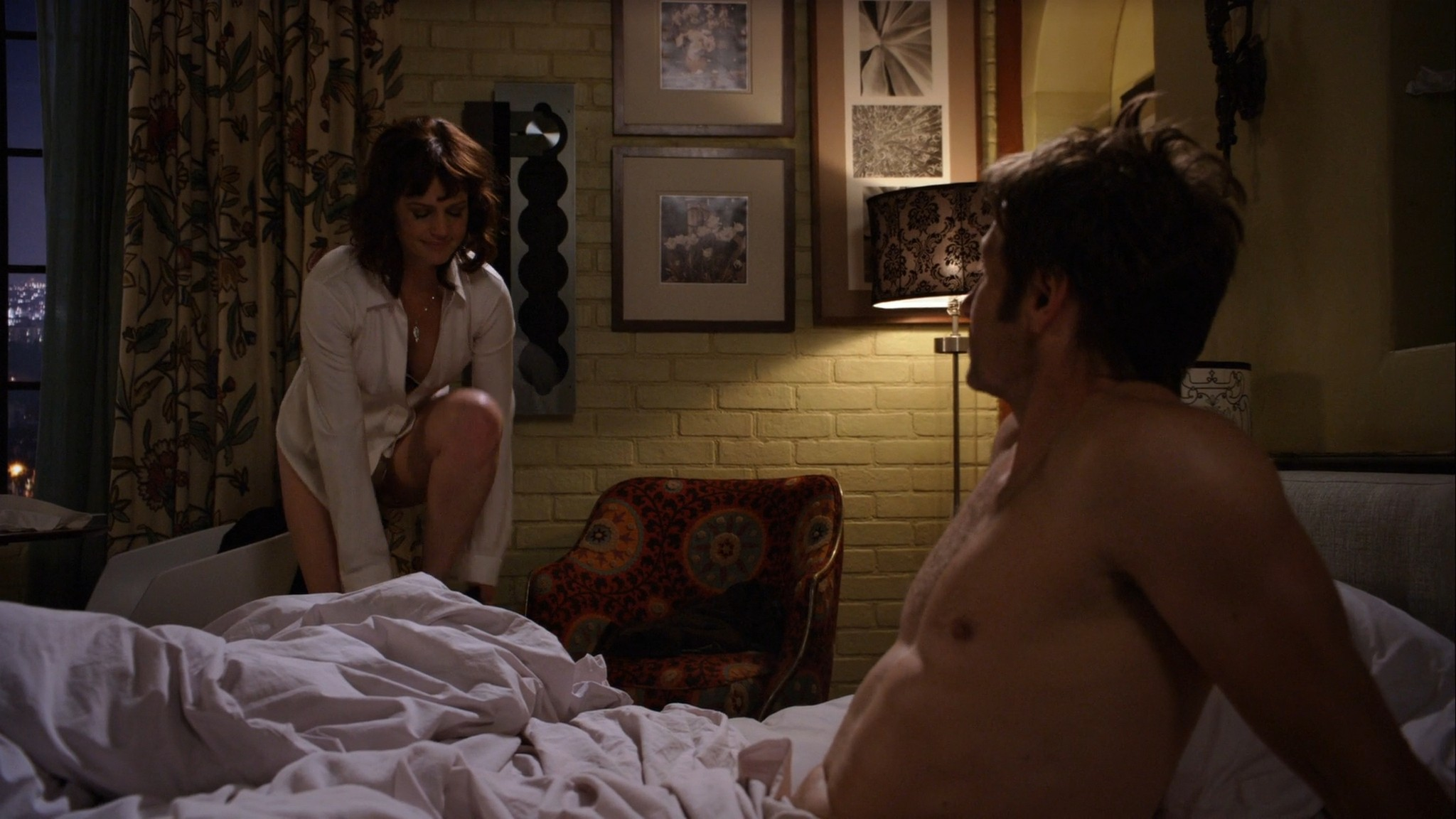 Carla Gugino hot lingerie Californication (2011) s4e7 HD 1080p (1)
