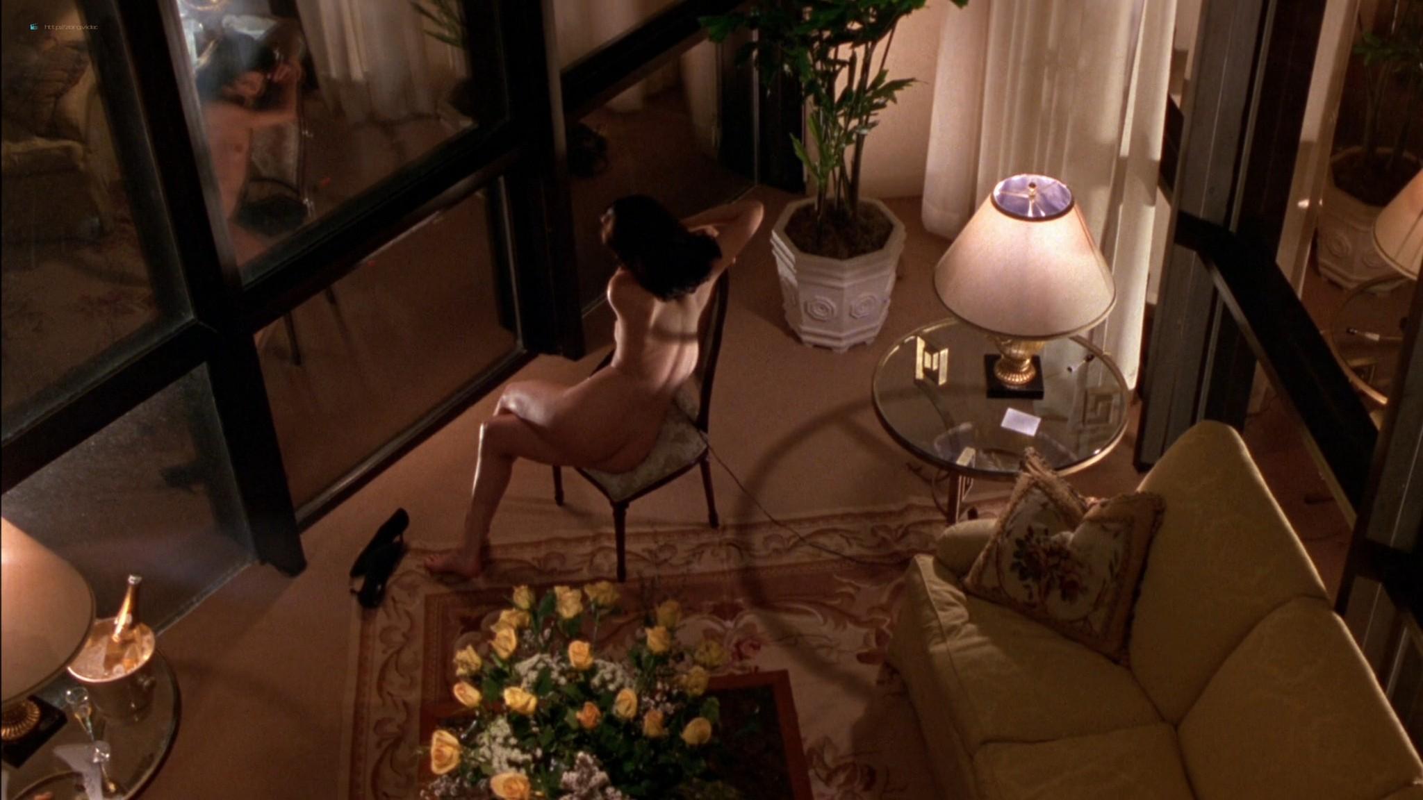 Linda Fiorentino nude Angie Everhart nude full frontal - Jade (1995) HD 1080p BluRay (18)