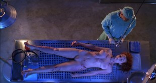 Linda Fiorentino nude Angie Everhart nude full frontal - Jade (1995) HD 1080p BluRay (11)