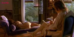 Maribel Verdu nude topless - Goya en Burdeos (1999)