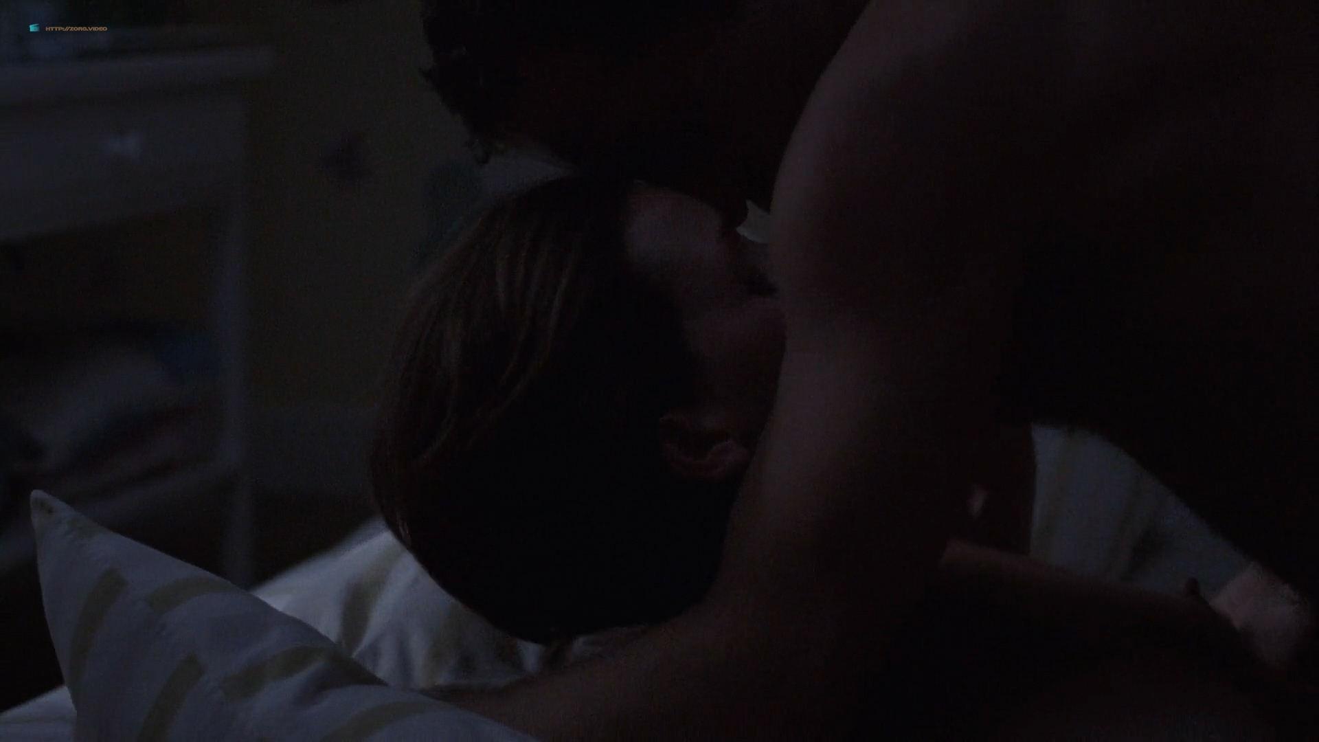Amy Adams maturbating in bed and Embeth Davidtz hot sex - Junebug (2005) HD 1080p BluRay (7)