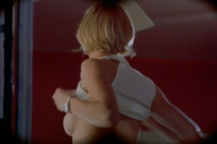 Cameron Diaz nude side boob and pokies in There's Something About Mary (1998) hd1080p
