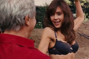 Jessica Alba hot and sexy in black bra – Little Fockers (2010) hd720p