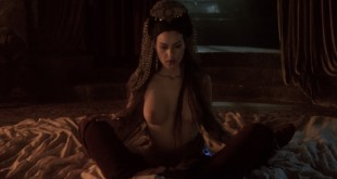 Monica Bellucci nude, Sadie Frost nude Winona Ryder see through - Dracula (1992) hd1080p (10)