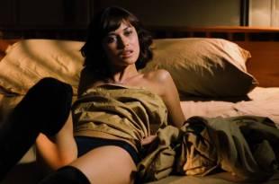 Olga Kurylenko stripping to nude - Max Payne  (2008) HD 1080p