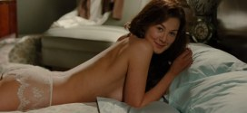 Rosamund Pike hot butt and see-through in lingerie - Barney's Version (2010) HD 1080p (6)