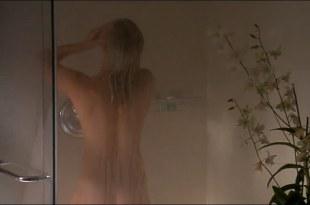 Kate Bosworth hot in bikini and Michelle Rodriguez hot – Blue Crush (2002) hd720p