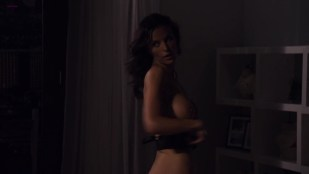 Ana Alexander and Ragan Brooks all nude in - Chemistry (2011) s1e1 hd720p