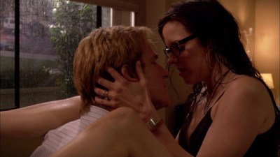 Jessica James and Kristen Price full frontal nude, Mary-Louise Parker butt naked in - Weeds s03e07 hd1080p (19)