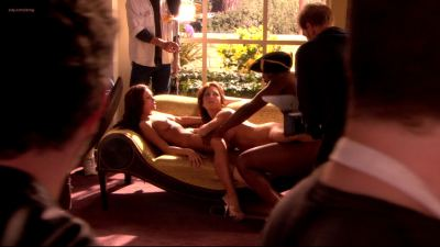 Jessica James and Kristen Price full frontal nude, Mary-Louise Parker butt naked in - Weeds s03e07 hd1080p (17)
