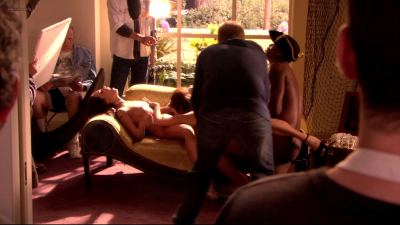 Jessica James and Kristen Price full frontal nude, Mary-Louise Parker butt naked in - Weeds s03e07 hd1080p (16)