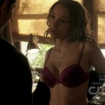 Jessica Parker Kennedy hot and sexy in bra – The Secret Circle (2011) s1e4