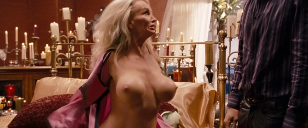 """Taaffe O'Connell adult legent with big boobs """"The Change Up"""" (2011) + hd1080p"""