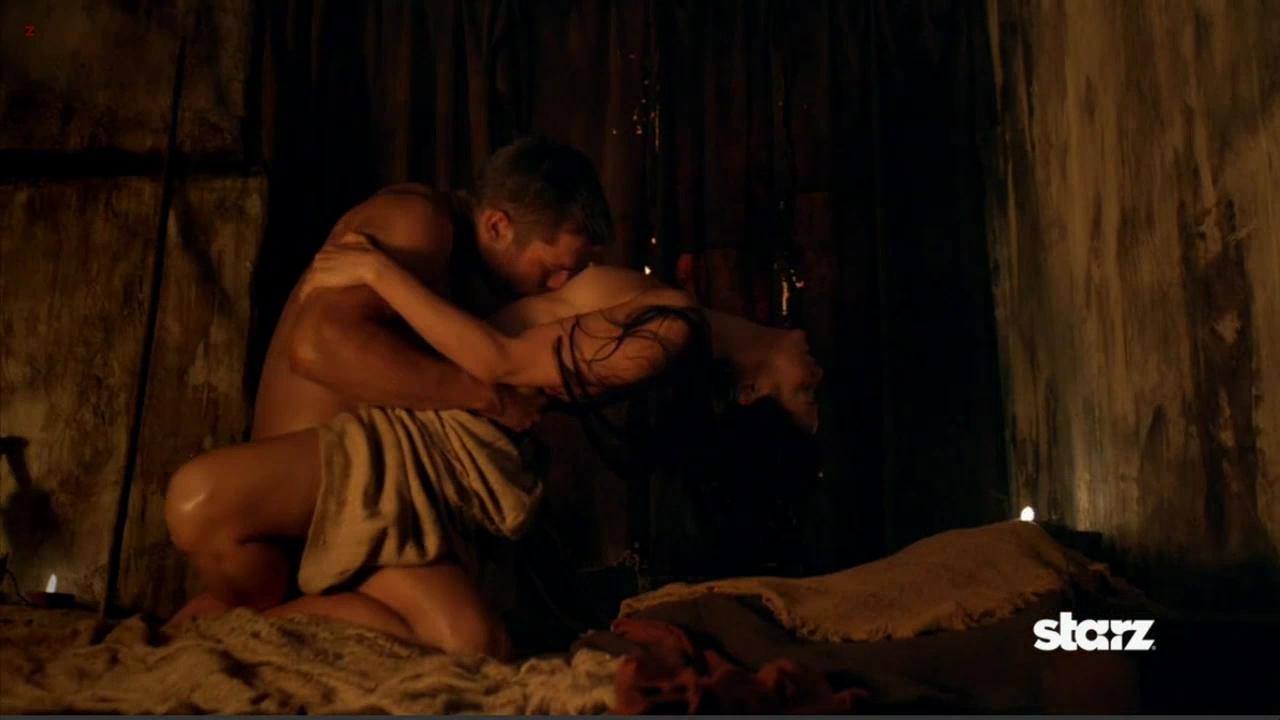 Вырезанные порно сцены из кинофильмов голых девушек