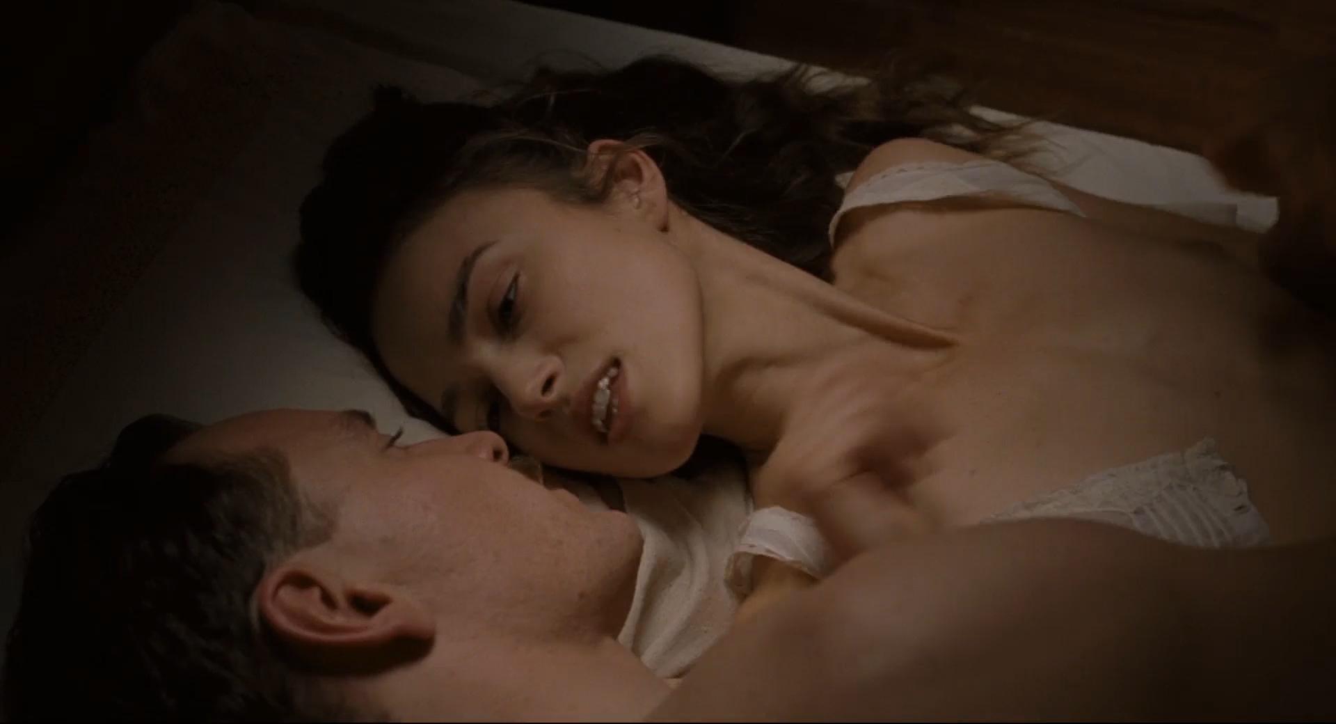 Keira Knightley Nude Topless Sarah Marecek And Anna -1508
